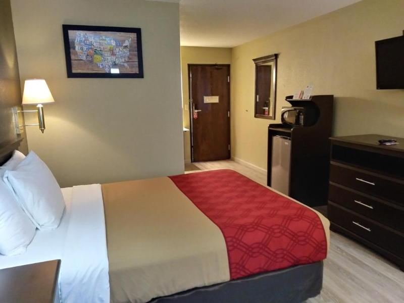 Room Econo Lodge
