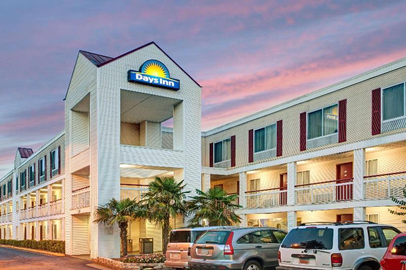 General view Days Inn By Wyndham Marietta-atlanta-delk Road