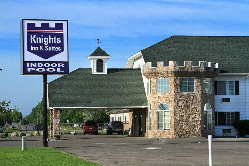 General view Knights Inn And Suites Grand Forks