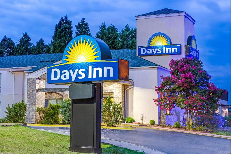 General view Days Inn By Wyndham Salisbury