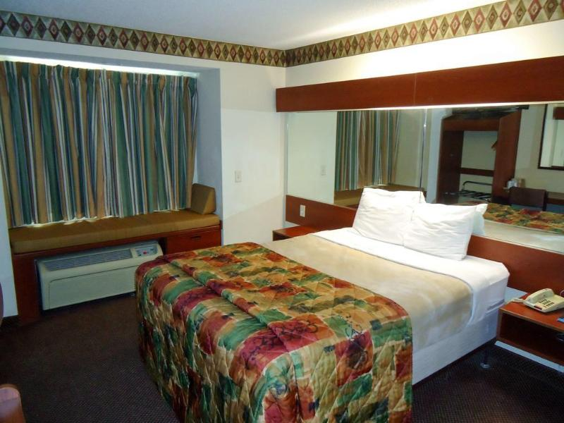 Best Value Inn & Suites Brunswick
