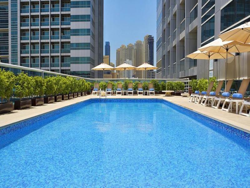 Pool Armada Bluebay Hotel