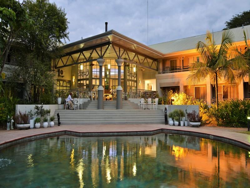 Pool Cresta Lodge