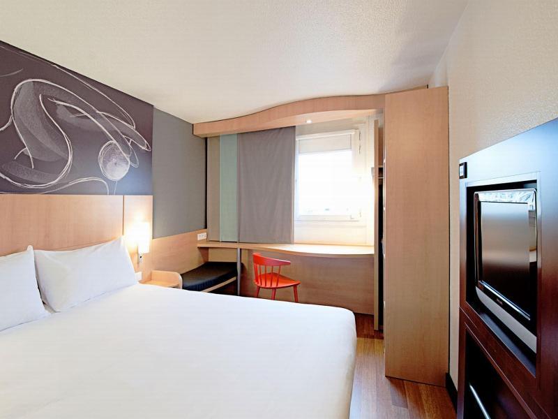 Room Ibis Leshan City Center