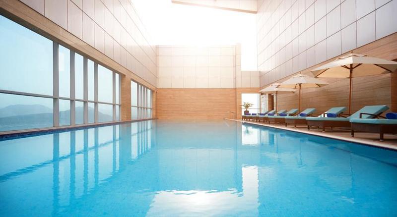 Pool Royal M Hotel