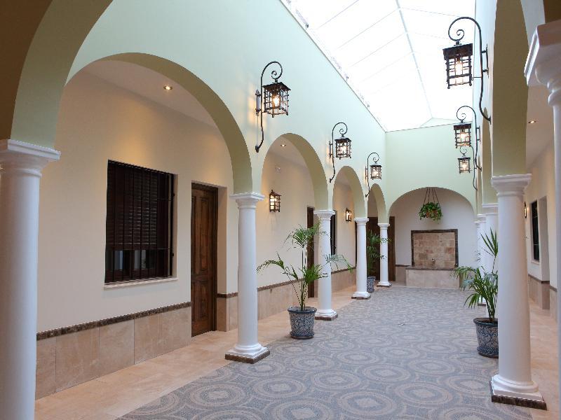 Lobby Hostal Garlu