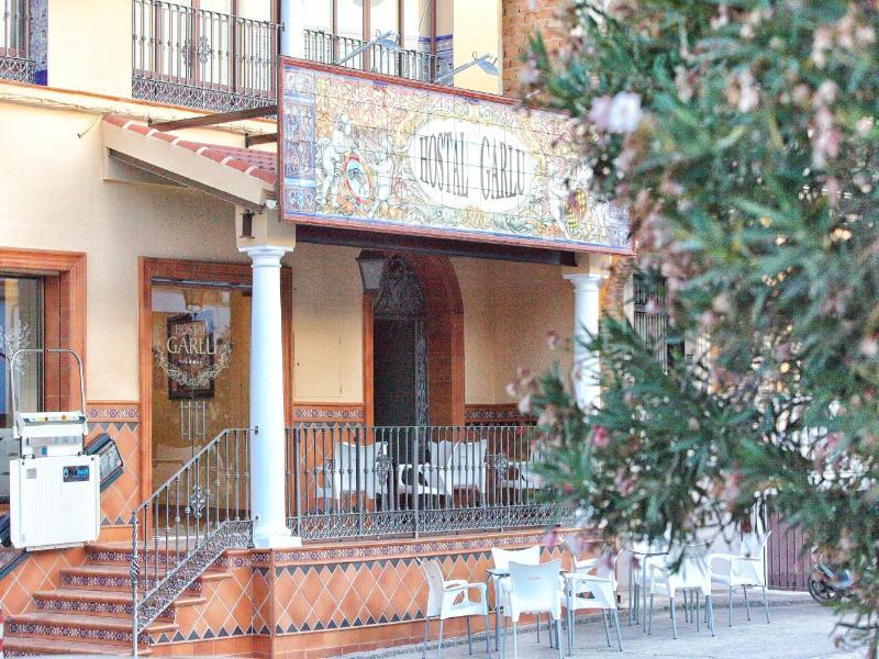 Terrace Hostal Garlu