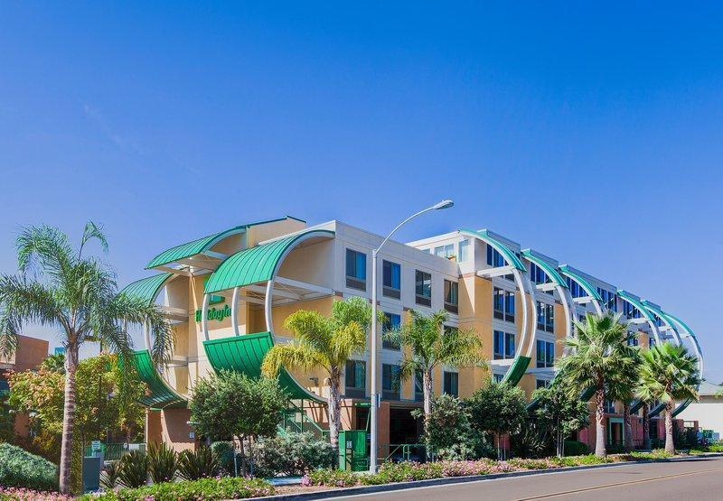 Holiday Inn Oceanside Marina-Camp Pendleton Area