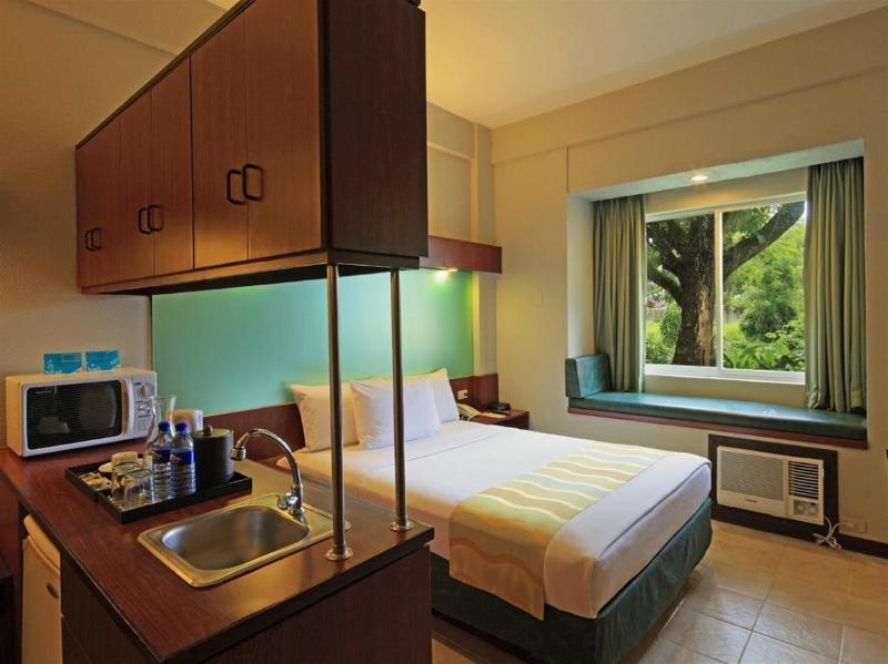 General view Microtel Inn And Suites Tarlac