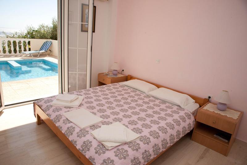 Room Achlia Villas