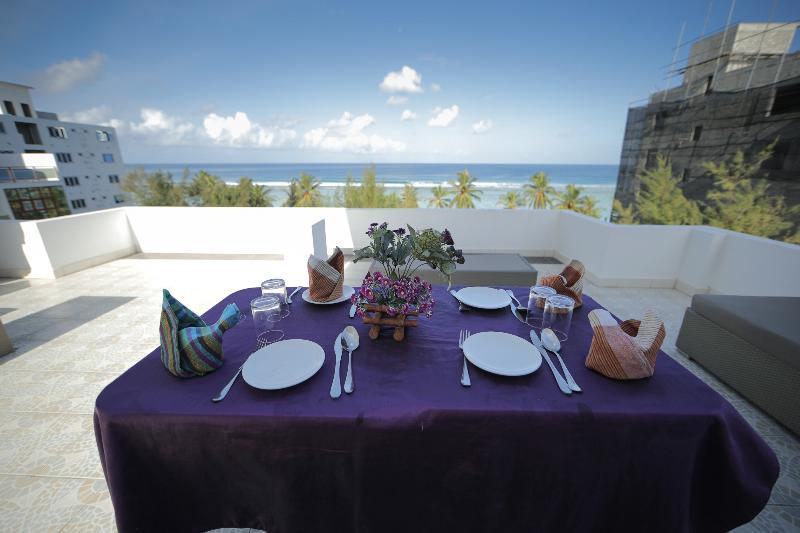 Terrace Vilu Rest