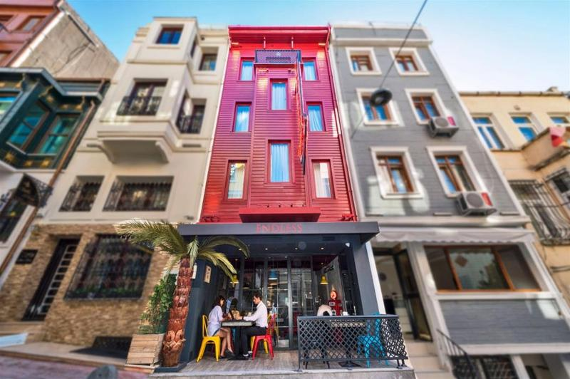 Endless hotel istanbul cheap and budget endless hotel for Endless suites taksim