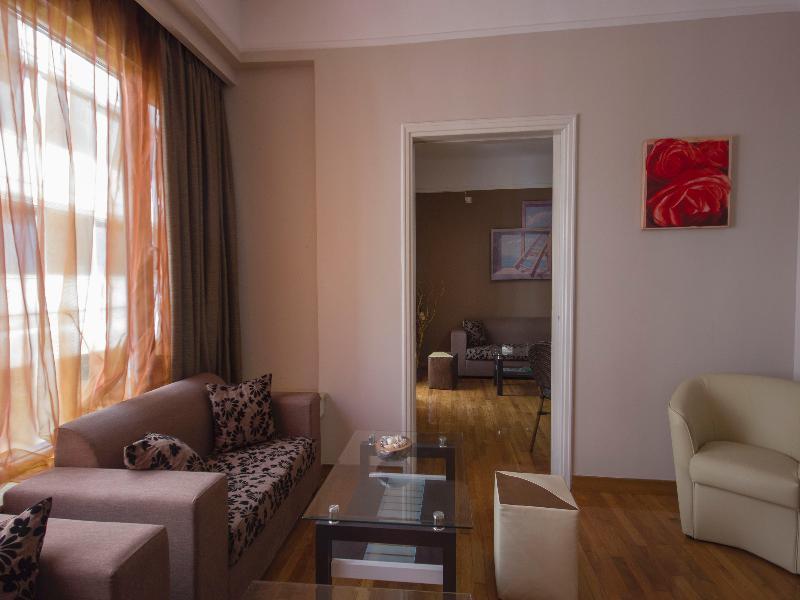 Lobby Ambrosia Suites & Aparts