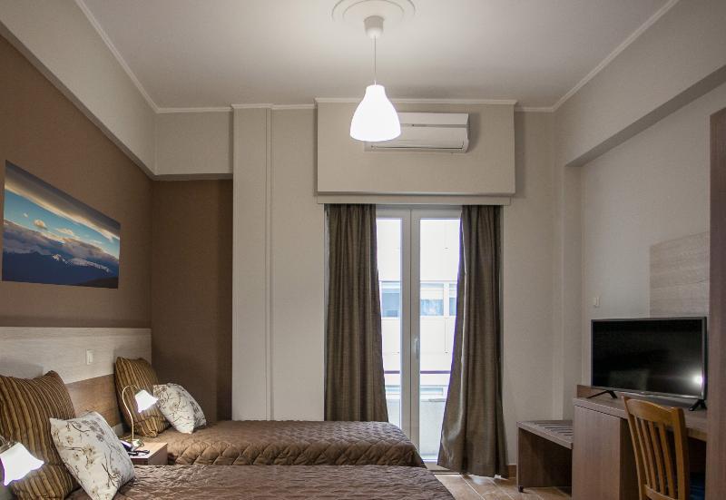 Room Ambrosia Suites & Aparts