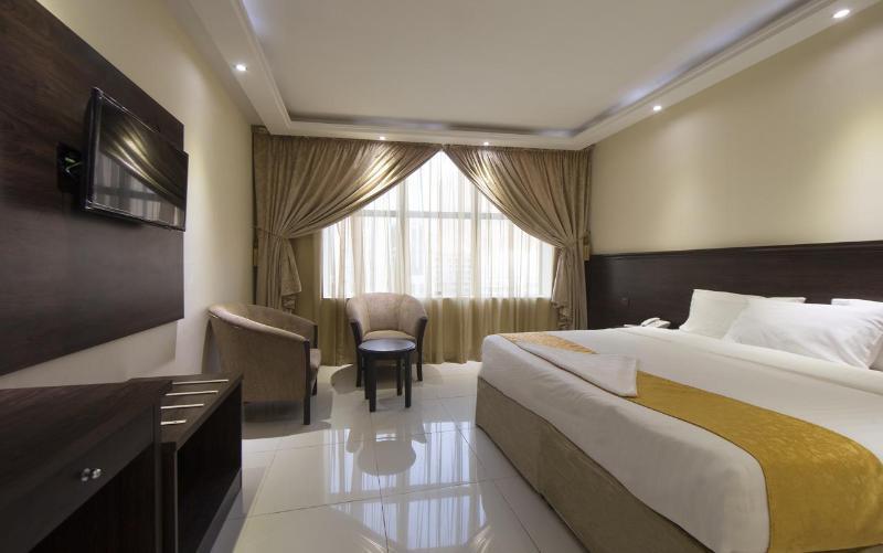 Room Qasr Alazizia Hotel