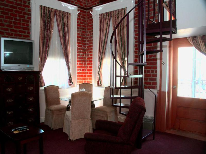 General view Maison Pierre Lafitte