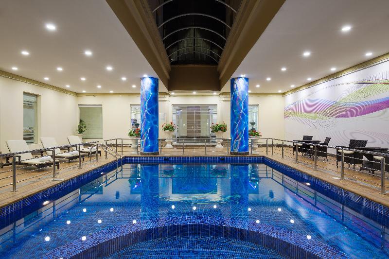 Pool Radisson Blu Dhahran