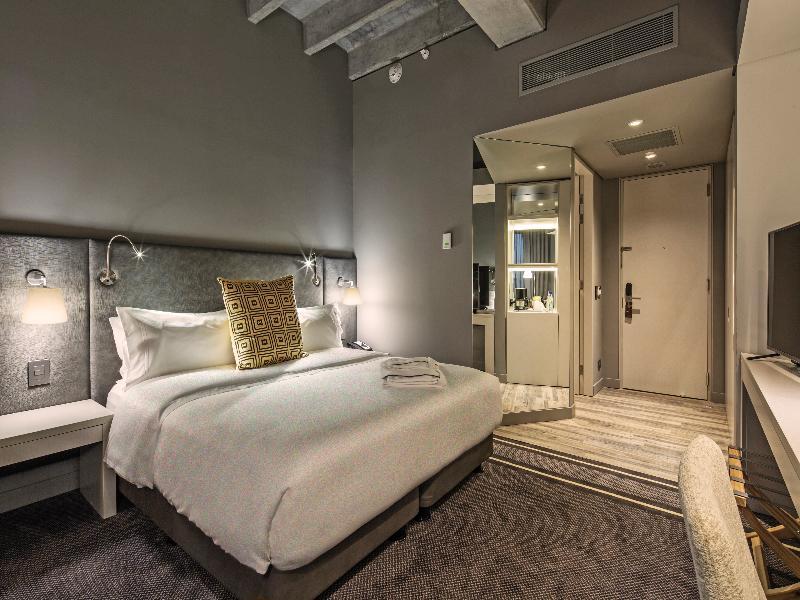 Room Movich Buro 51