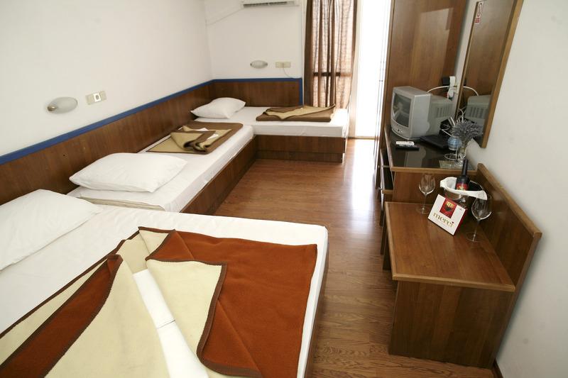 Room Beach Hotel