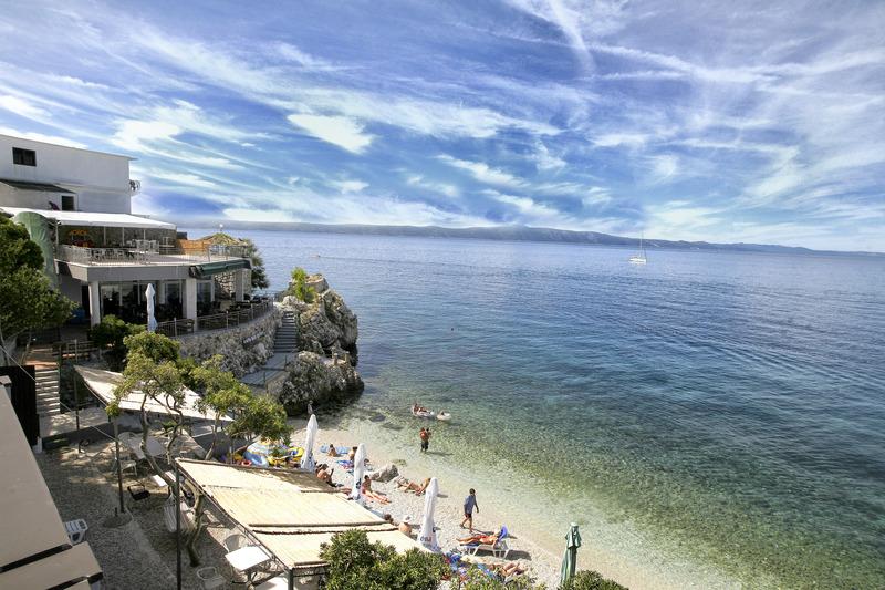 Beach Beach Hotel