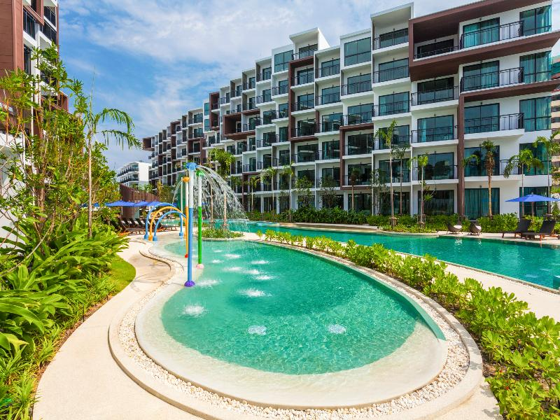 Pool Centra Maris Resort Jomtien