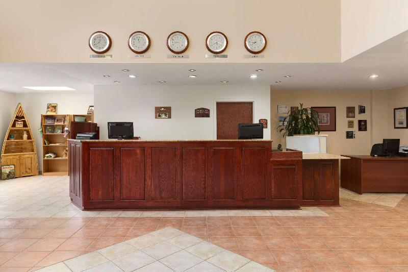 Lobby Days Inn By Wyndham Oromocto Conference Centre