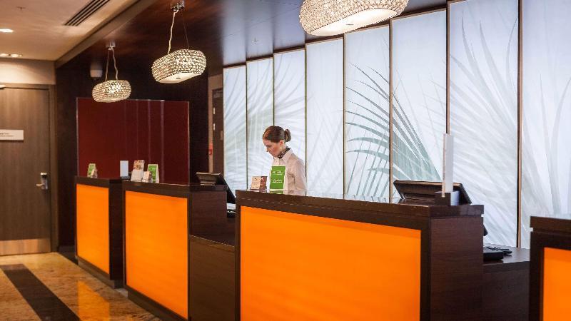 Lobby Doubletree By Hilton Tyumen