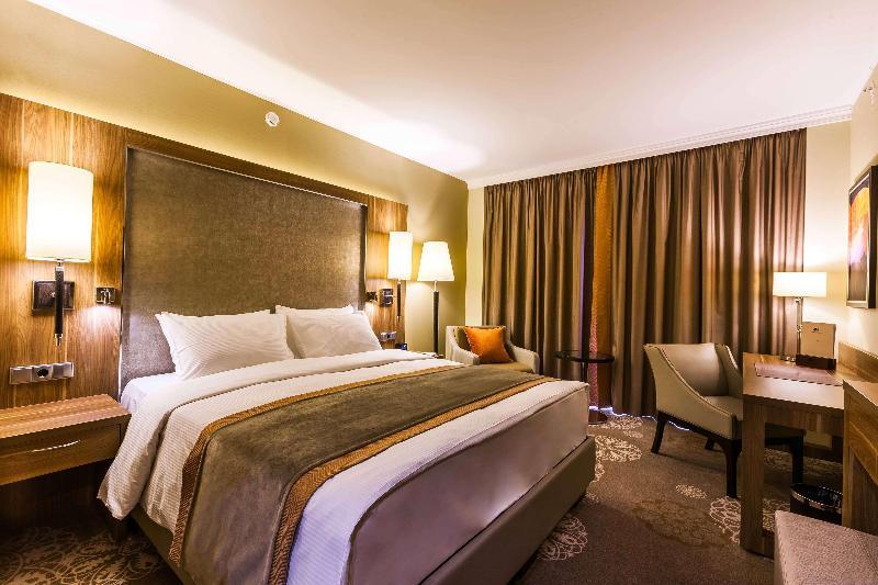 Room Doubletree By Hilton Tyumen