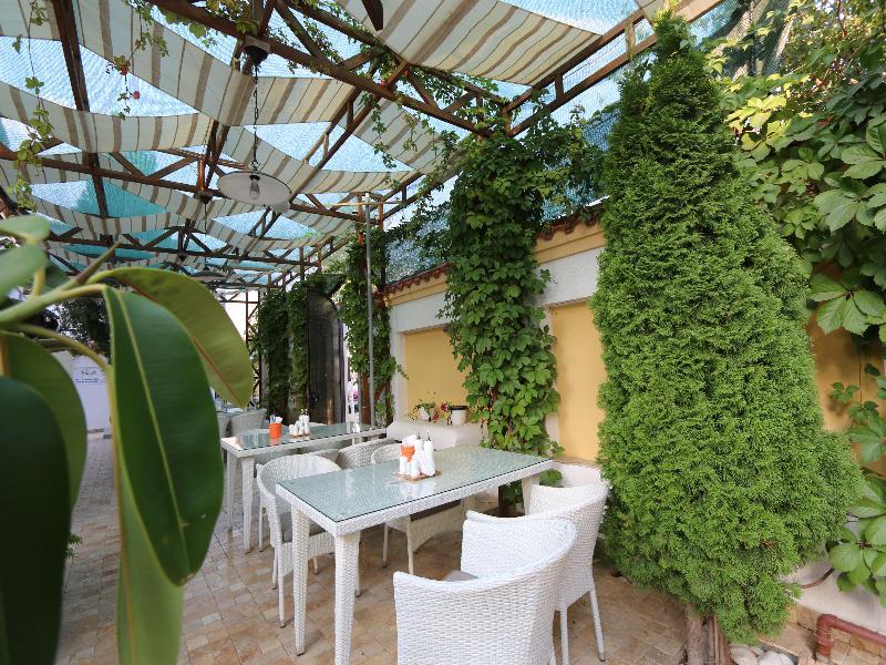 Restaurant Vila Pontica -mamaia Nord