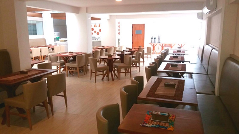 Restaurant Tropicalis Slim