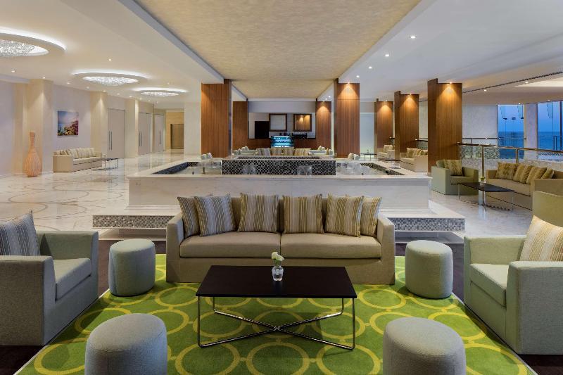 Lobby Radisson Blu Hotel Sohar