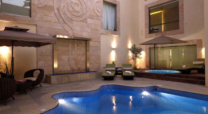 Grand Plaza - Pool - 2