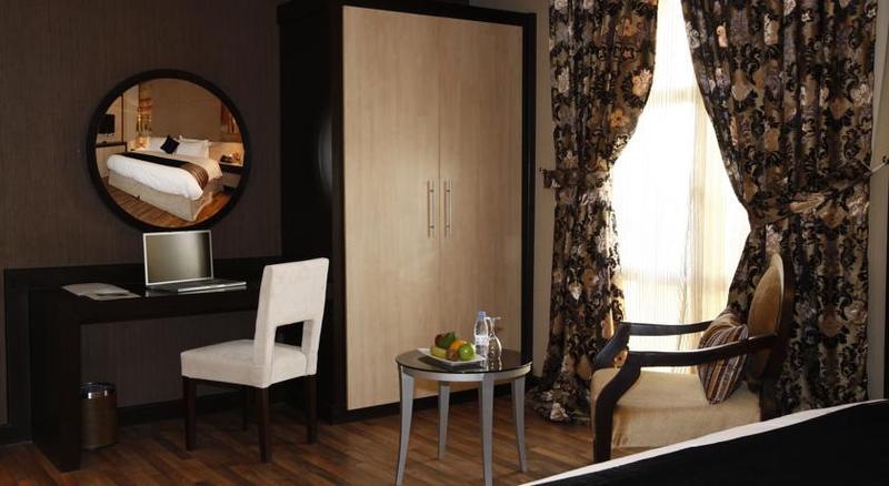 Grand Plaza - Room - 1