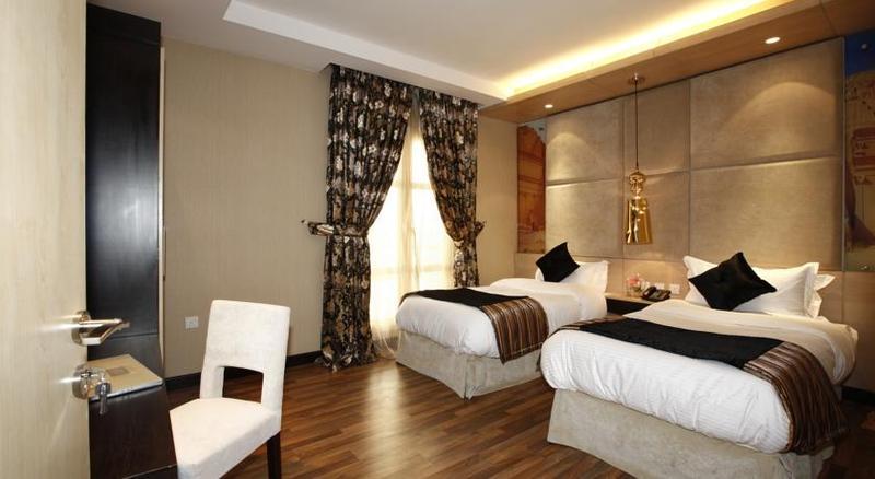 Grand Plaza - Room - 7