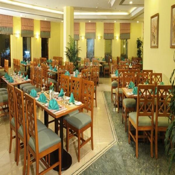 Restaurant Makarem Ajyad Makkah Hotel