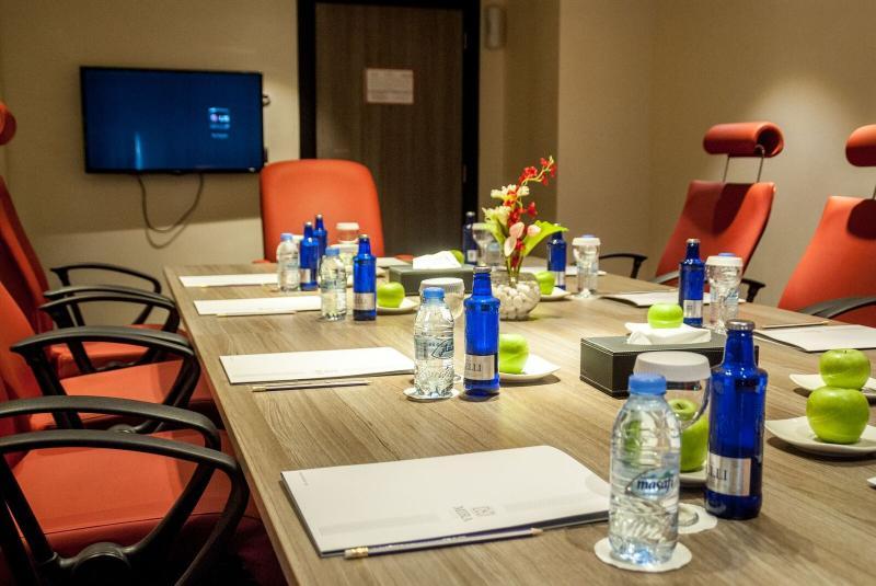 Conferences Mira Waterfront Hotel (formerly Ramada Corniche)