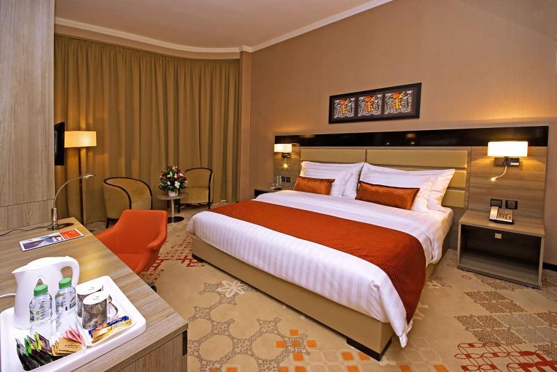 Room Mira Waterfront Hotel (formerly Ramada Corniche)