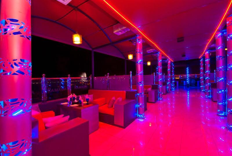 Terrace Mira Waterfront Hotel (formerly Ramada Corniche)