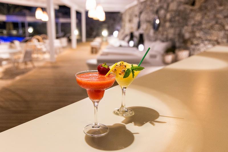 Bar Osom Resort