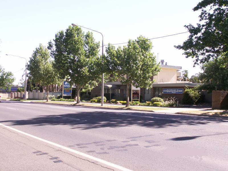 General view Albury Burvale Motor Inn