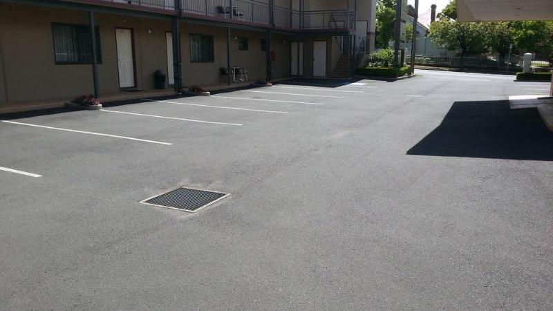 General view Armidale Pines Motel