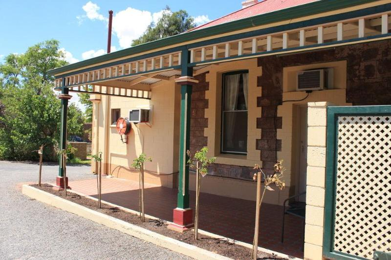 General view The Lodge Outback Motel