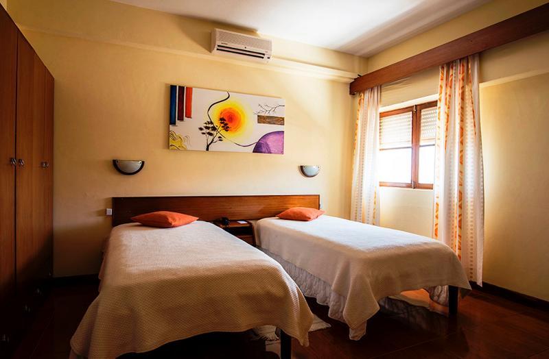 Room Apart Hotel Avenida