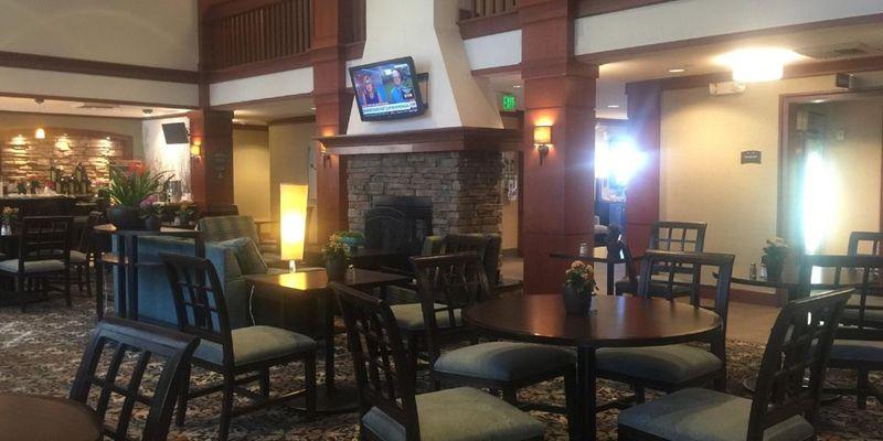 Bar Staybridge Suites Sorrento Mesa
