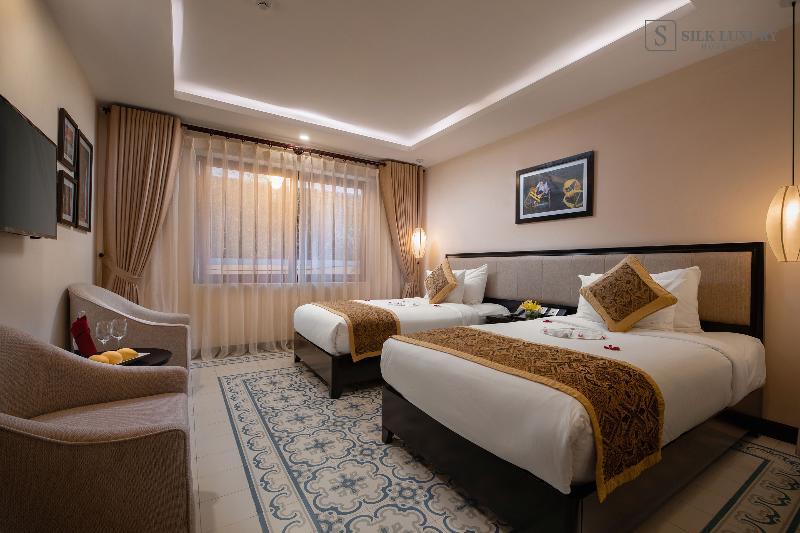 Room Silk Luxury Hotel