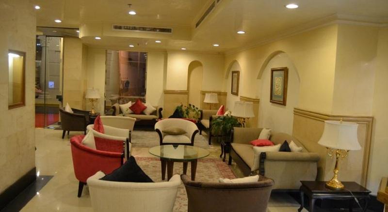 Bar Manazel Al Ain Grand Hotel