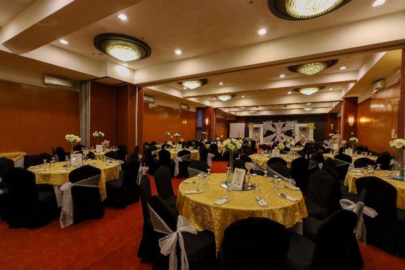 Conferences Paseo Premiere Hotel