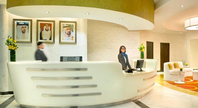 Lobby City Seasons Towers Dubai