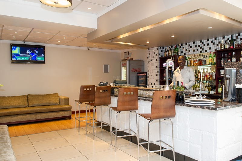 Bar The Birchwood Hotel And Or Tambo Conference Centre