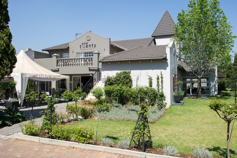 Restaurant The Birchwood Hotel And Or Tambo Conference Centre